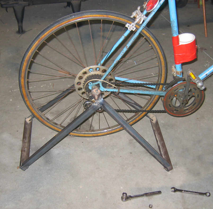 Trainer for How to make a bike stand out of wood