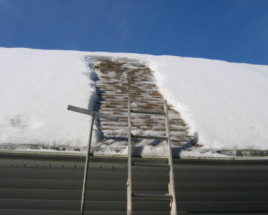 I Let The Sun Melt The Traces Of Snow And Ice. In The Afternoon, I Threw A  Rope Over The Roof And Climbed Up. Using A Snow Shovel I Removed The Snow  ...