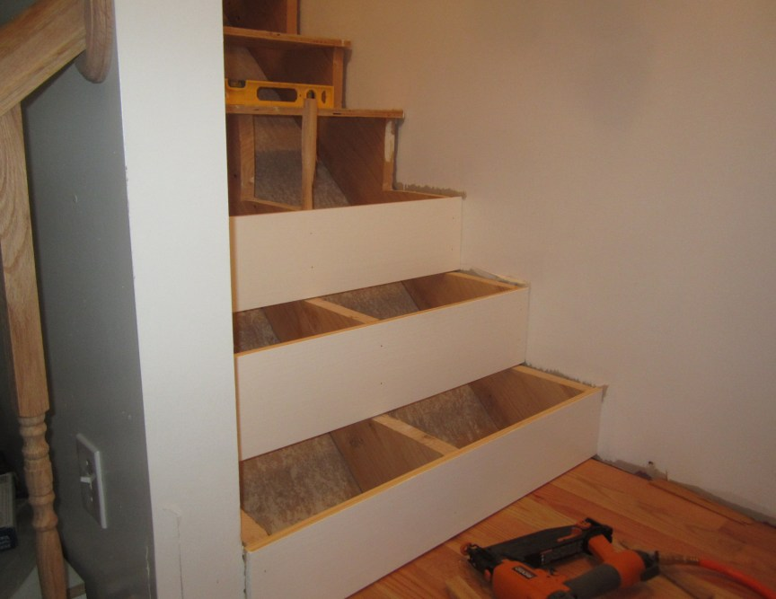 How To Finishing Oak Stair Treads : How To Finishing Oak Stair Treads : Liquid Nails for Stair Treads
